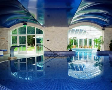 Brooklodge Resort Hotel at Macreddiin Village