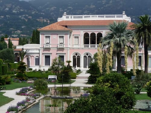 The beautiful Ephrussi Rothschild villa and gardens in Cap Ferrat.Join us on our 2018 Monaco Historique grand prix tour.
